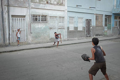 Photograph - Streetball In Havana by Mark Duehmig