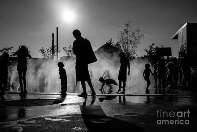 Photograph - Summer In Paris by Hans Janssen