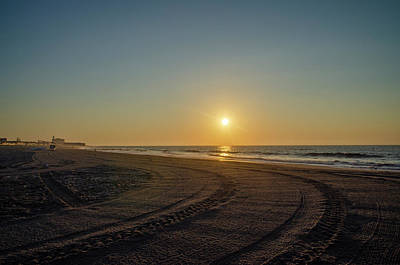 Photograph - Sunrise Seascape - Ocean City New Jersey by Bill Cannon