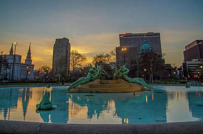 Photograph - Sunrise - Swann Fountain - Philadelphia by Bill Cannon