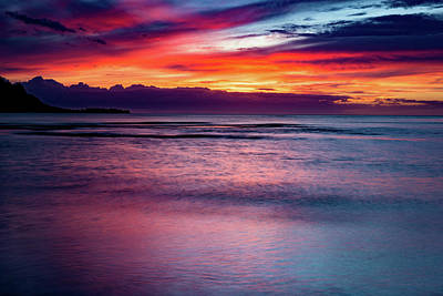 Photograph - Sunset At Hanalei Bay by John Hight