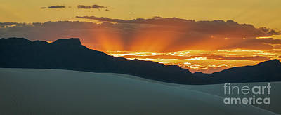 Photograph - Sunset At White Sands by Doug Sturgess