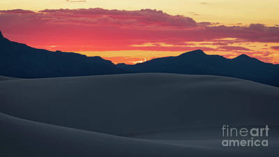 Photograph - Sunset In White Sands National Monument by Doug Sturgess
