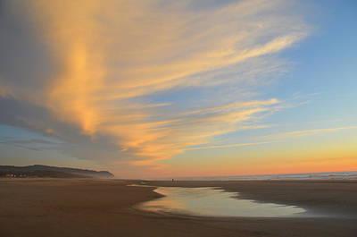 Photograph - Sunset On The Oregon Coast by Curt Remington