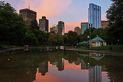 Photograph - Sunset Over The Boston Common Frog Pond Skyline Reflection by Toby McGuire