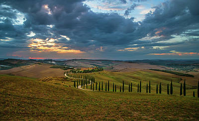 Photograph - Sunset Over Toscany Fields by Jaroslaw Blaminsky