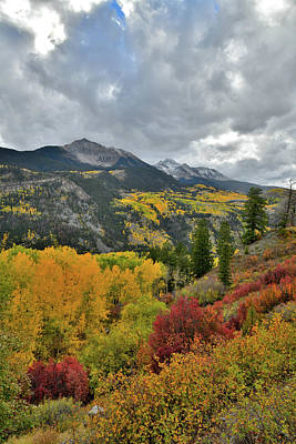 Photograph - Sunshine Mountain And Mt. Wilson Fall Colors by Ray Mathis
