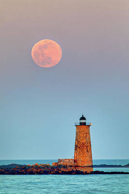 Photograph - Super Worm Moon And Whaleback Light by Juergen Roth