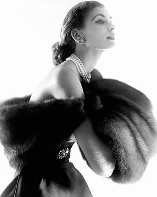 Photograph - Suzy Parker In Fur by Horst P. Horst