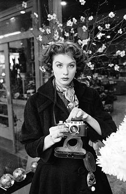 Photograph - Suzy Parker With A Camera by Peter Stackpole