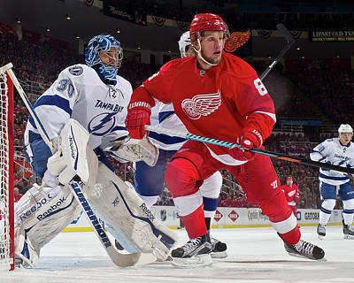 Photograph - Tampa Bay Lightning V Detroit Red Wings by Dave Reginek