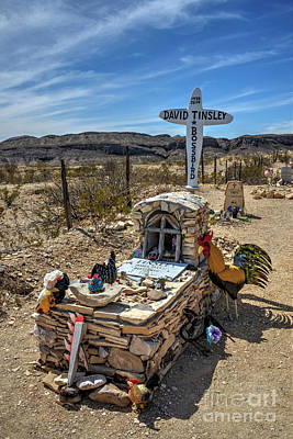 Photograph - Terlingua Grave by Joe Sparks