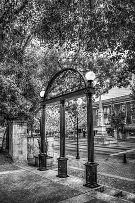 Photograph - The Arch Fall B W 7 University Of Georgia Arch Art by Reid Callaway
