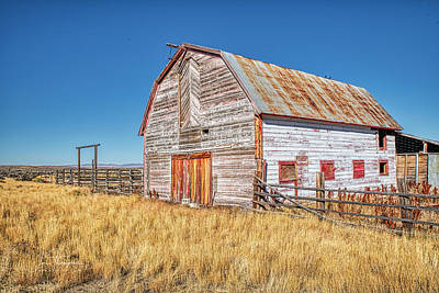 Photograph - The Barn by Jim Thompson