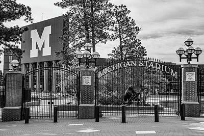 Photograph - The Big House 1 by John McGraw
