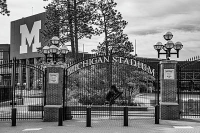 Photograph - The Big House Entrance by John McGraw