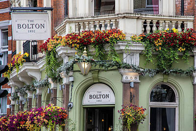 Photograph - The Bolton In London  by John McGraw