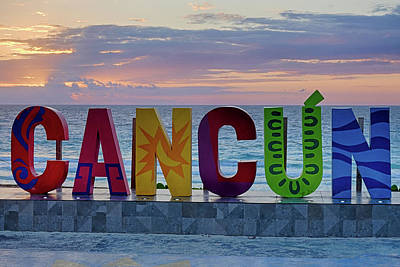 Photograph - The Cancun Sign At Sunrise Cancun Mexico Mx by Toby McGuire