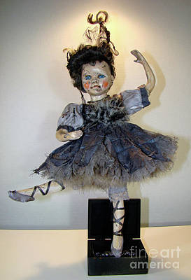 Mixed Media - The Dark Ballerina by Cindy DeGraw
