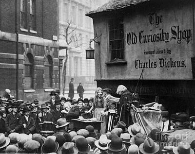 Photograph - The Dickensian Tabard Players Perform by New York Daily News Archive
