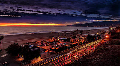 Photograph - The Evening Star Over Malibu by Gene Parks