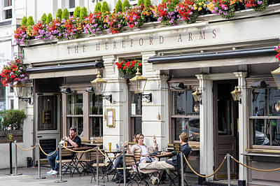 Photograph - The Hereford Arms In London by John McGraw