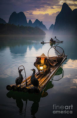 Photograph - The Old Li River Fisherman by Inge Johnsson