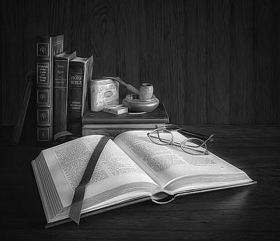 Photograph - The Reading Nook by Mark Fuller