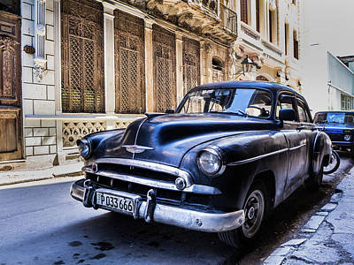 Photograph - The Real Cuba by William Shevchuk