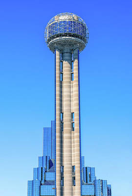 Photograph - The Reunion Tower by Dan Sproul