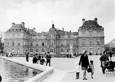 Le Jardin Wall Art - Photograph - The Senates Facade Giving Out On The by Keystone-france