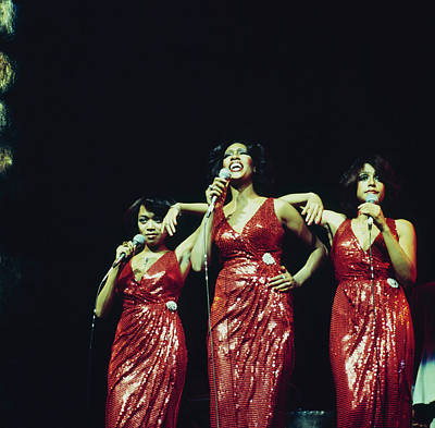 Photograph - The Supremes Perfom On Stage by David Redfern