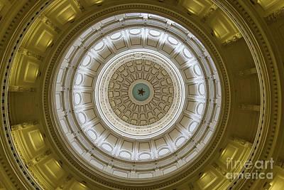 Photograph - The Texas Rotunda by David Cutts
