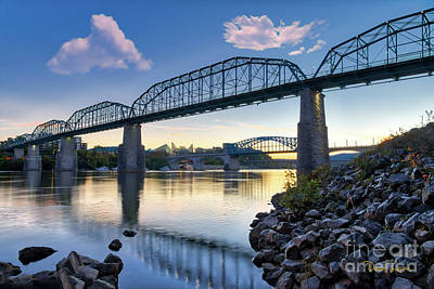 Photograph - The Walnut Street Bridge by David Levin