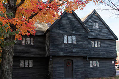 Photograph - The Witch House Of Salem Massachusetts by Jeff Folger