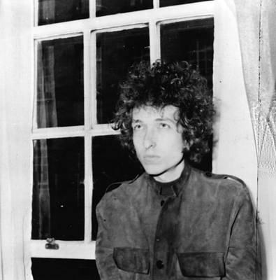 Photograph - Thin Bob Dylan by Larry Ellis