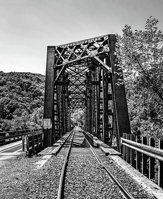 Thurmond Wall Art - Photograph - Thurmond Train Trestle by SC Shank
