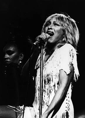 Photograph - Tina Turner by Keystone