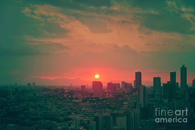 City Sunset Wall Art - Photograph - Tokyo Japan Sunset by Ivan Krpan