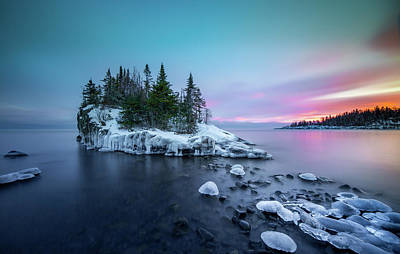 Photograph - Tombolo Sunset Show / Lake Superior, Minnesota  by Nicholas Parker
