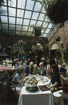 Photograph - Top Lunch by Slim Aarons