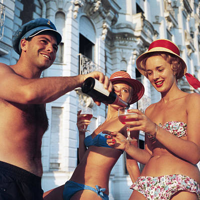 Drinking Photograph - Top Up by Slim Aarons