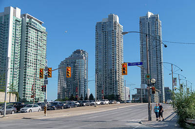 When Life Gives You Lemons - Toronto Skyline 2 by Bob Corson