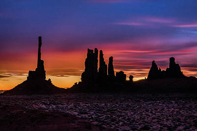 Photograph - Totem Pole And Yei Bi Chei Sunrise by William Christiansen