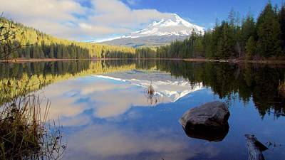Photograph - Trillium Lake Morning Reflections by Todd Kreuter