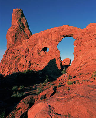 Photograph - Turret Arch At Sunrise by Tom Daniel