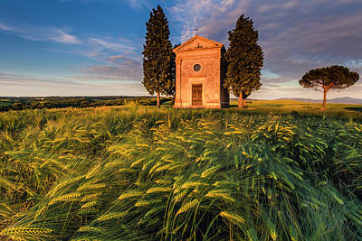 Photograph - Tuscany Chapel by Evgeni Dinev