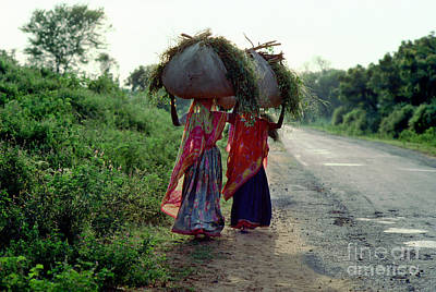 Mannequin Dresses - Two Women Carrying a Load on their Head, India by Wernher Krutein