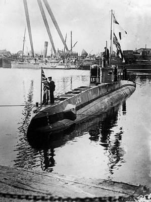 U-boat Art Print by Hulton Archive