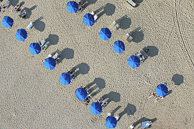 Photograph - Umbrellas by Tom Benedict